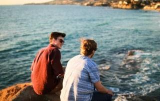 Jóvenes disfrutando de sus vacaciones